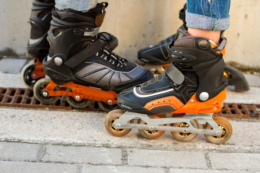 how-to-rollerblade-in-the-rain-and-not-fall-on-your-face?